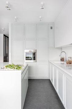 Home Decor Kitchen, Interior Design Kitchen, Home Kitchens, Modern Mansion Interior, Apartment Bathroom Design, Minimal Kitchen, Kitchen Upgrades, Design Moderne, Cuisines Design