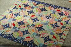 Gypsy Kisses Quilt by twinfibers, via Flickr