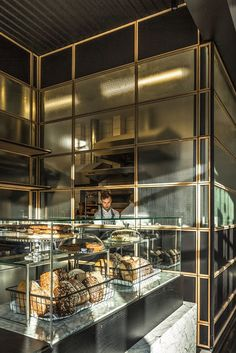 Glamorous Industrial Style Commercial hotels, bars, and restaurants Bakery Cafe, Cafe Bar, Cafe Deli, Cafe Shop, Bakery Shops, Hotel Restaurant, Modern Restaurant, Restaurant Interior Design, Brewery Interior