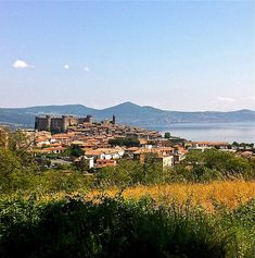 Lake Bracciano--always wanted to know how to enjoy the lake!