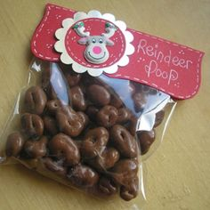 Hi, I love this forum and often try to copy things but i,m not very good:confused:--last year i did some Reindeer food and Reindeer poop--they were ok but i was wondering where you get all the lovely bag toppers some of you use? Christmas Stall Ideas, Christmas Fayre Ideas, Christmas Craft Fair, Christmas Sweets, Christmas Goodies, Christmas Projects, Christmas Holidays, Christmas Fundraising Ideas, Christmas Bazaar Ideas