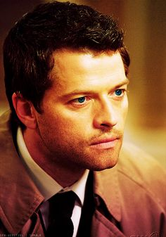 I can't believe this man's eye color. Castiel, Supernatural, Male Eyes, Winchester Boys, One Job, Eye Color, Colour, Human Behavior, Misha Collins