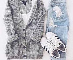Awesome Cute Spring Outfits 40 Super cute outfits for school. Check more at - Awesome Cute Spring Outfits 40 Super cute outfits for school… Check more at Source by - Cute Spring Outfits, Fall Winter Outfits, Casual Winter, Winter Wear, College Winter Outfits, Cold Weather Outfits For School, School Outfits College, Autumn Outfits For Teen Girls, Cute School Outfits