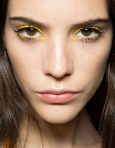 Runway Beauty: Bright Eyeliner at Kenzo Spring/Summer 2013