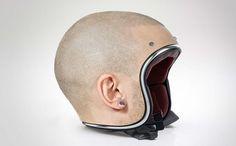 リアルなスキンヘッドのヘルメット