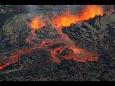 LITOSFÉRA - YouTube Lava Flow, Active Volcano, Fire And Ice, Cool Landscapes, Sea World, Beautiful Birds, Mother Nature, Waterfall, Around The Worlds