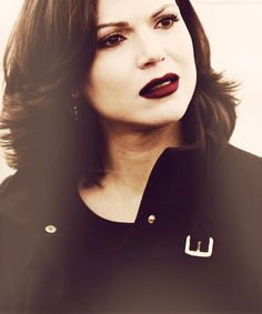 Image discovered by Sophie Dupont. Find images and videos about once upon a time, lana parrilla and regina mills on We Heart It - the app to get lost in what you love. Regina Mills, Once Up A Time, Abc Tv Shows, Swan Queen, Outlaw Queen, Celebs, Celebrities, Pretty Little Liars, Woman Crush