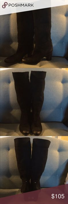 Maison Martin Margiela Boots Maison Martin Margiela black suede shearling heels boots. Super soft and cozy pull up boots. Size 37.5 Excellent Condition. No box Maison Martin Margiela Shoes Heeled Boots