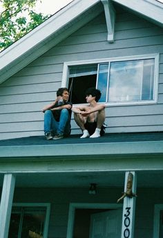 This particular roof replacement is absolutely a formidable design principle. Gay Aesthetic, Couple Aesthetic, Teenage Dream, Cute Gay, Gay Couple, Pose Reference, Film, Summer Vibes, Cute Couples