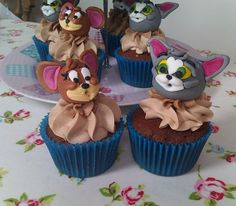 Tom Jerry cupcakes Party Ideas Pinterest Marzipan Cake