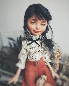 "537 Likes, 4 Comments - Suukye (@suukye.m) on Instagram: ""I really really love this doll! ❤#monsterhigh#repaint#dollrepaint #ooak#faceup #everafterhigh…"""