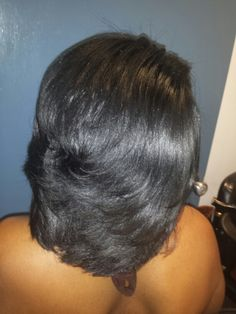 styles for layered hair best 25 feathered bob ideas on black hair 7140