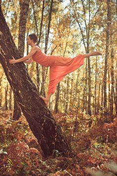 """Ashtanga yoga girl"" by Andrey Kamensky"