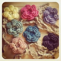 Cute crocheted headbands - headband & flower pattern