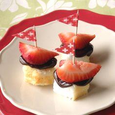 Strawberry Chocolate Cake Bites