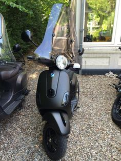 Vespa LX 4t 2011 Diamond Black Black design