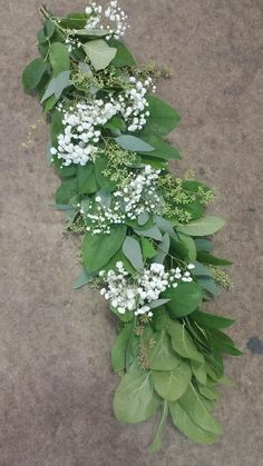 Salal w/ Eucalyptus and Baby's Breath, easy to put together.
