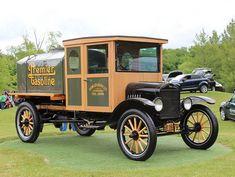 1919 Ford Model TT gas tanker