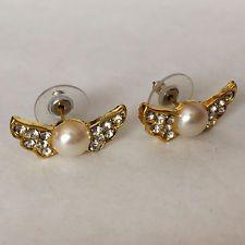 Gold plated round faux MOP and rhinestones on wings earrings with push... Lot 71