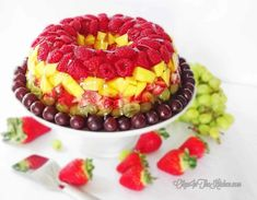 Fruity Gelatin Bundt Cake Dessert - Olga in the Kitchen Jello With Fruit, Fresh Fruit, Fruit Drinks, Wine Recipes, Baking Recipes, Jello Cake, Watermelon Cake, Gelatine, Summer Cakes