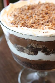 Ultimate Brownie Trifle - brownie, pudding, cool whip and heath bars