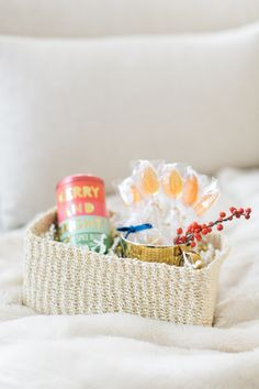 DIY Holiday Tea Gift | Photography : Ruth Eileen Photography - http://rutheileenphotography.com/