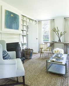 File Style: Mark Cunningham - % Hamptons House, The Hamptons, Interior Architecture, Interior Design, Upholstered Sofa, Blue Pillows, Contemporary Decor, Elle Decor, Country Style