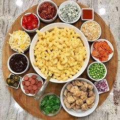 This Mac and Cheese Board Is Our Easy Weekend Dinner Inspo — Eating Well Stovetop Mac And Cheese, Mac Cheese, Cheese Bar, Cheese Fruit, Blue Cheese, Party Food Platters, Party Dishes, Pasta Bar, Kitchen
