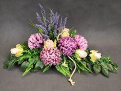 Fall Flower Arrangements, Funeral Flowers, Fall Flowers, Casket, Ikebana, My Flower, Artificial Flowers, Nail Art Designs, Floral Wreath