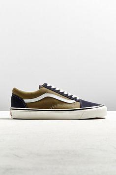 d147a951d4a Slide View  1  Vans Old Skool 36 DX Navy + Olive Sneaker Vans Old