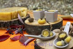 http://new-waldorf-sz.blogspot.com/2012/10/blog-post_29.html  Modeling with beeswax. Autumn candles.