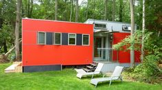 "MiniHome: Formaldehyde-free rental in an eco ""trailer park"" type of community in Ontario. Amazing."