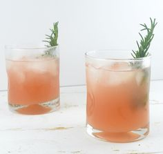 Grapefruit + Rosemary Cocktail | What Annie's Eating