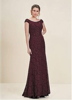 Exquisite Lace Scoop Neckline Full-length Sheath/Column Mother Of The Bride Dresses With Hot Fix Rhinestones