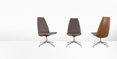 Clamshell Office Furniture - Geiger