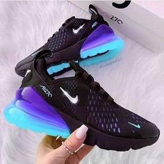 Nike Shoes OFF!> 55 nike air maxs best shoes suitable for your every day in summer 2019 page 13 . Moda Sneakers, Cute Sneakers, Sneakers Nike, Black Nike Trainers, Cool Trainers, Toddler Sneakers, Black Sneakers, Running Sneakers, Nike Shoes Blue