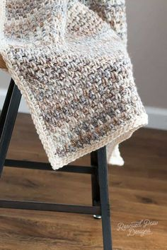 Jane Throw Blanket by Rescued Paw Designs Make this Free Crochet pattern today! #CrochetAfghan