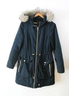 Kup mój przedmiot na #vintedpl http://www.vinted.pl/damska-odziez/kurtki/15300198-granatowa-zimowa-kurtka-parka-marksspencer-z-kapturem-36-s