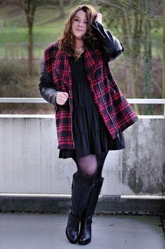 Große Größen Plus Size Fashion Blogg missguided plaid jacket jilsen