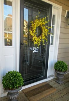 Down to Earth Style: Preserved Boxwood Makeover (diy front porch ideas black doors) Front Porch Makeover, Front Door Porch, Glass Front Door, Front Door Decor, House Front, Front Porches, Glass Door, Front Storm Door Ideas, Porch Wood