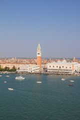 #View To #StMarksSquare & #BellTower In #Venice #Italy @fotolia #fotolia @adobe #adobe #travel #vacation #holidays #sightseeingBilder und Videos suchen: bis: René Pi