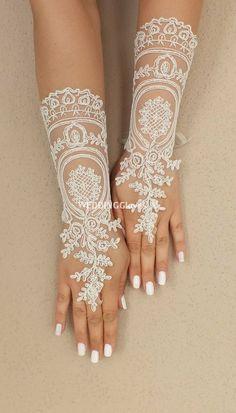 Extra lange Hochzeit Handschuhe Braut Handschuhe von WEDDINGGloves, $35.00
