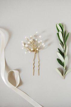 Pearl buds hairpin   Elibre handmade