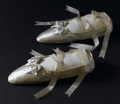 Empress Josephine's white silk slippers (Châteaux de Malmaison et Bois-Préau, Malmaison France) | Grand Ladies | gogm