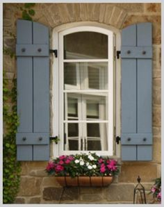 Ideas Farmhouse Outdoor Furniture French Country For 2019 French Country Cottage, French Country Style, French Country Decorating, Country Cottages, Country Homes, House Shutters, Diy Shutters, Exterior Shutters, Window Shutters