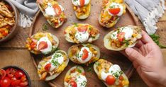 Our simple Mexican-style potato skins will take you south of the border! American Appetizers, Mexican Potatoes, Fresh Guacamole, Creamy Potato Soup, Mexican Cheese, Potato Skins, Gluten Free Chicken, Mexican Style, Other Recipes