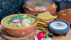How to make The Best Pozole Verde Red Chile Powder Recipe, Green Posole Recipe, Hispanic Dishes, Mexican Dessert Recipes, How To Make Greens, Pozole, Recipe Please, Mexican Style, Soup Recipes