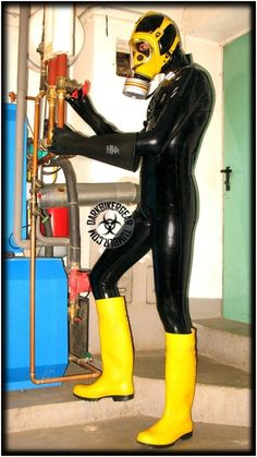 Rubber Catsuit, Neoprene Rubber, Skin Tight, Tall Boots, Leather Pants, Style, Camel, Natural Rubber, Boots
