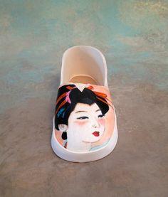 Fondant/gumpaste shoe cake topper by cakedreamsbyiris on Etsy, $35.00