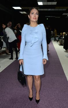 Salma Hayek Photos - Actress Salma Hayek attends the Giambattista Valli show as part of the Paris Fashion Week Womenswear Spring/Summer 2016 on October 5, 2015 in Paris, France. - Giambattista Valli : Front Row - Paris Fashion Week Womenswear Spring/Summer 2016